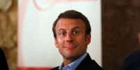 Emmanuel-Macron-pret-a-ecrire-un-livre-pour-expliquer-pourquoi-il-est-de-gauche